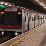 香港政府、公共交通費を補助 毎月400㌦以上利用者に