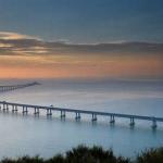 クリスマスの出入境者減少 大橋利用は最大3時間待ち