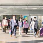 中国滞在者に14日間の待機 かけこみ入境8割は香港人